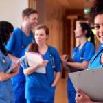 Pourquoi faut-il préparer la fac de médecine dès la terminale?
